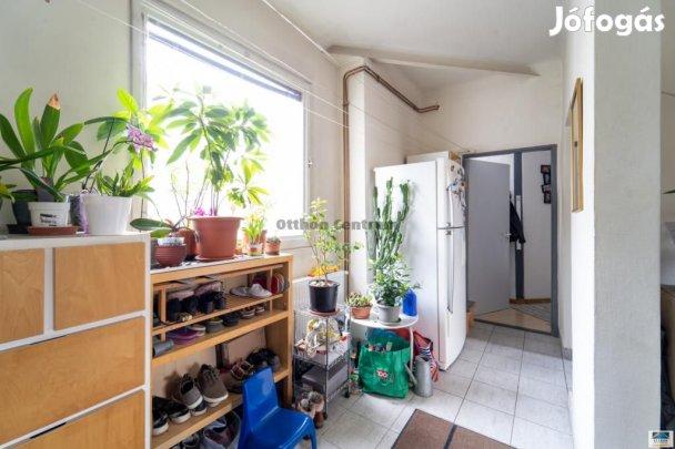 Eladó lakás Budapest 6. ker., Belsõ VI.