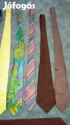 64a1c2a6b5 Nyakkendők-több színben