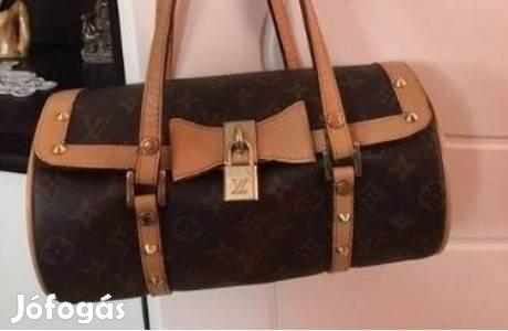 556f6d315f96 Barna Louis Vuitton Papillon 26 táska